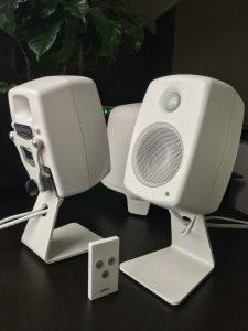 8010A white monitor
