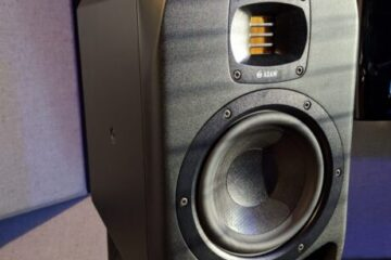 Adam-S2V-studio monitor-main pic.