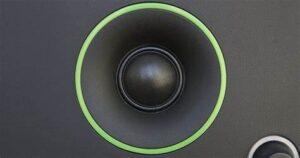 C3-speaker-closely