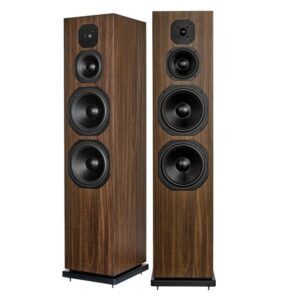 Dynavoice-Classic-CL-28-speakers-walnut
