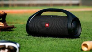 Jbl-Boombox-2-speaker-main pic