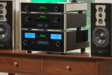 McIntosh-MA8900-amplifier main pic.