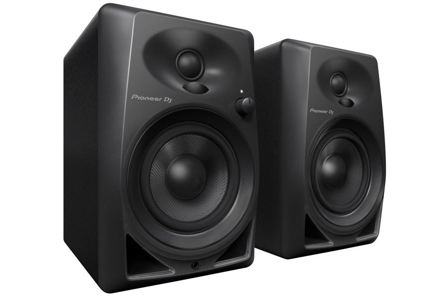 Pioneer-DM-40-studio-monitor-pair