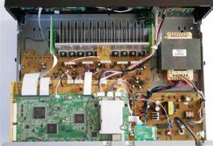 RX-V4A-inside