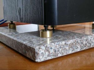 Speaker-granite-pad
