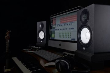 Yam. HS7 monitors