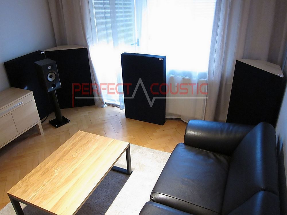 bass absorber placed in the cinema room (3)