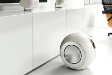 bowers-and-wilkins-pv1d-subwoofer-main pic.