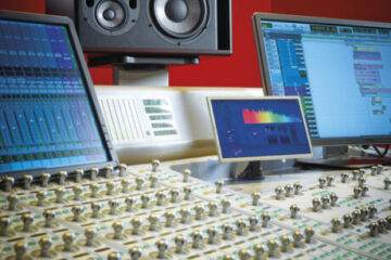 focal-trio11-be-red-studio-monitor-main pic.