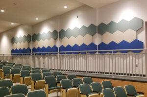 hexagonal panels in a lecture hall